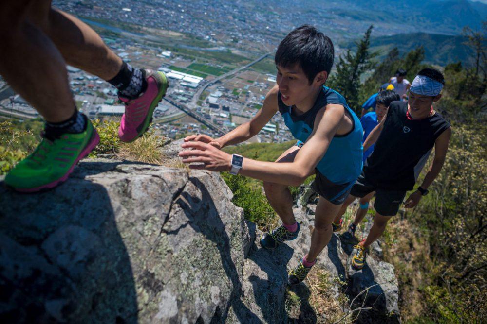 2日目はスカイランニングで技術的な高所山岳を素早く移動するスキルを高める ©JSA