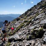 山頂に向かって駆け登る滝澤 🄫NAGI MUROFUSHI