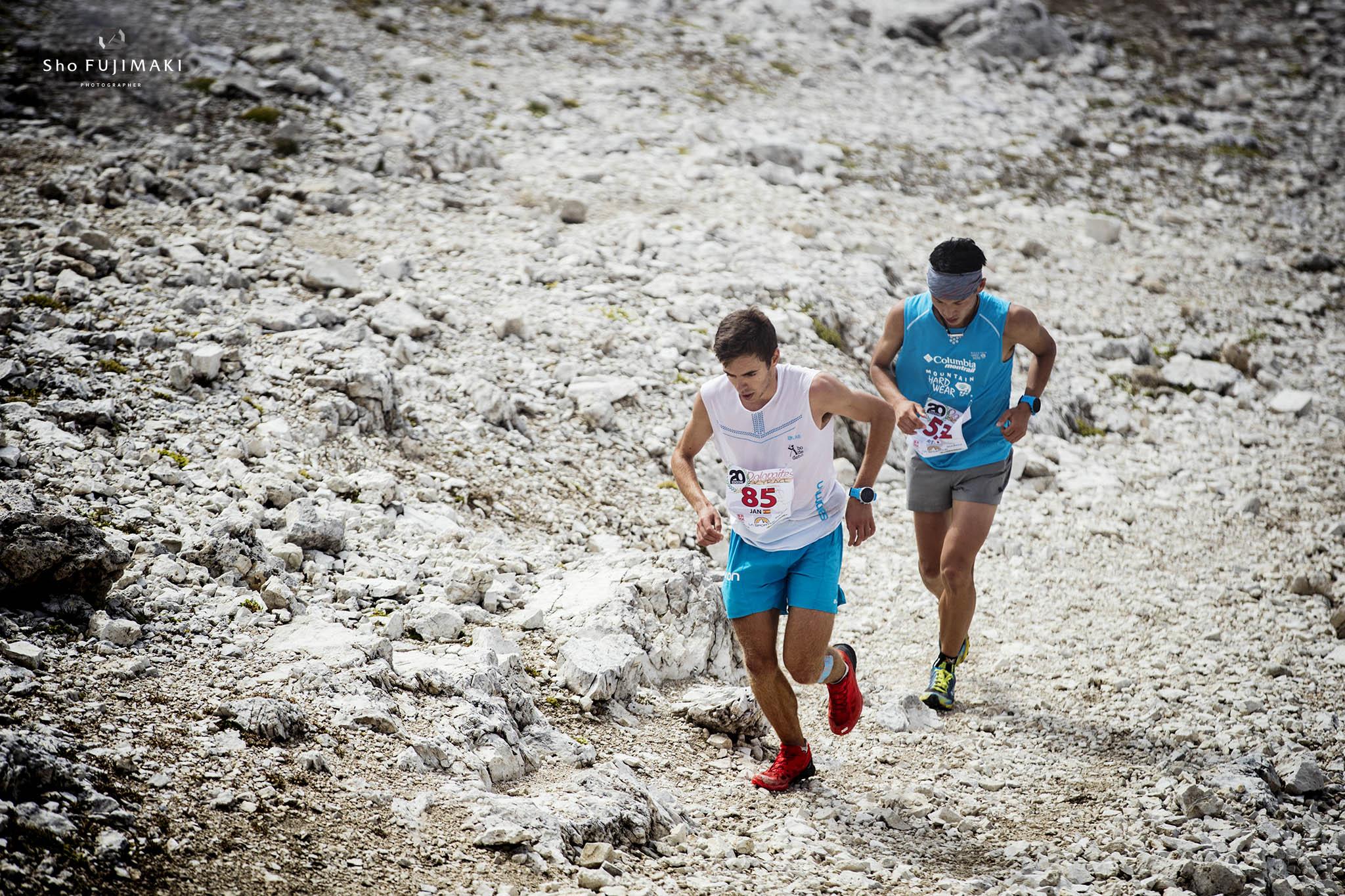優勝したジャン・マルガリと競る上田瑠偉 🄫Sho Fujimaki