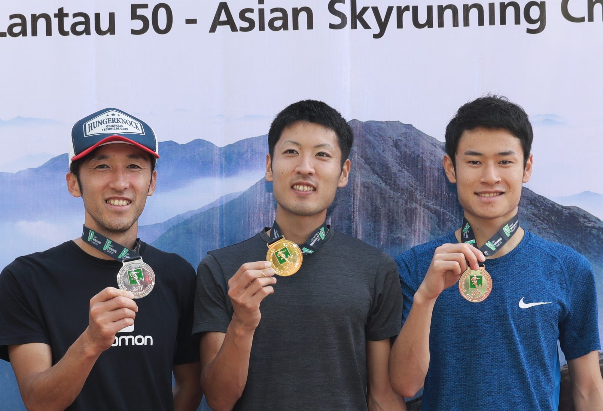 男子は日本勢がトップ3に 左から、星野、三浦、長田 ©Action Asia Events