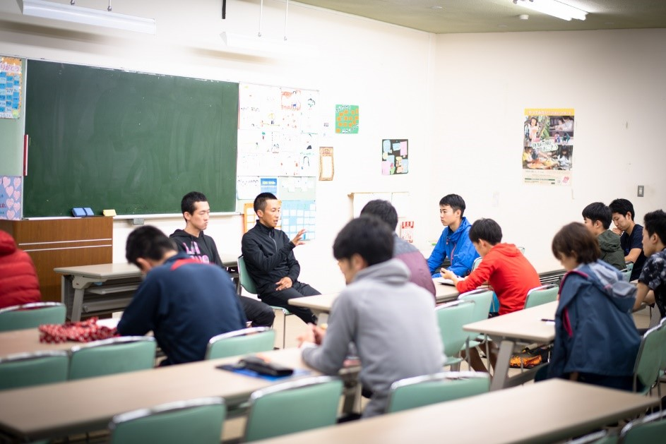 海外経験豊富な講師陣にユースからの質問も多く出た