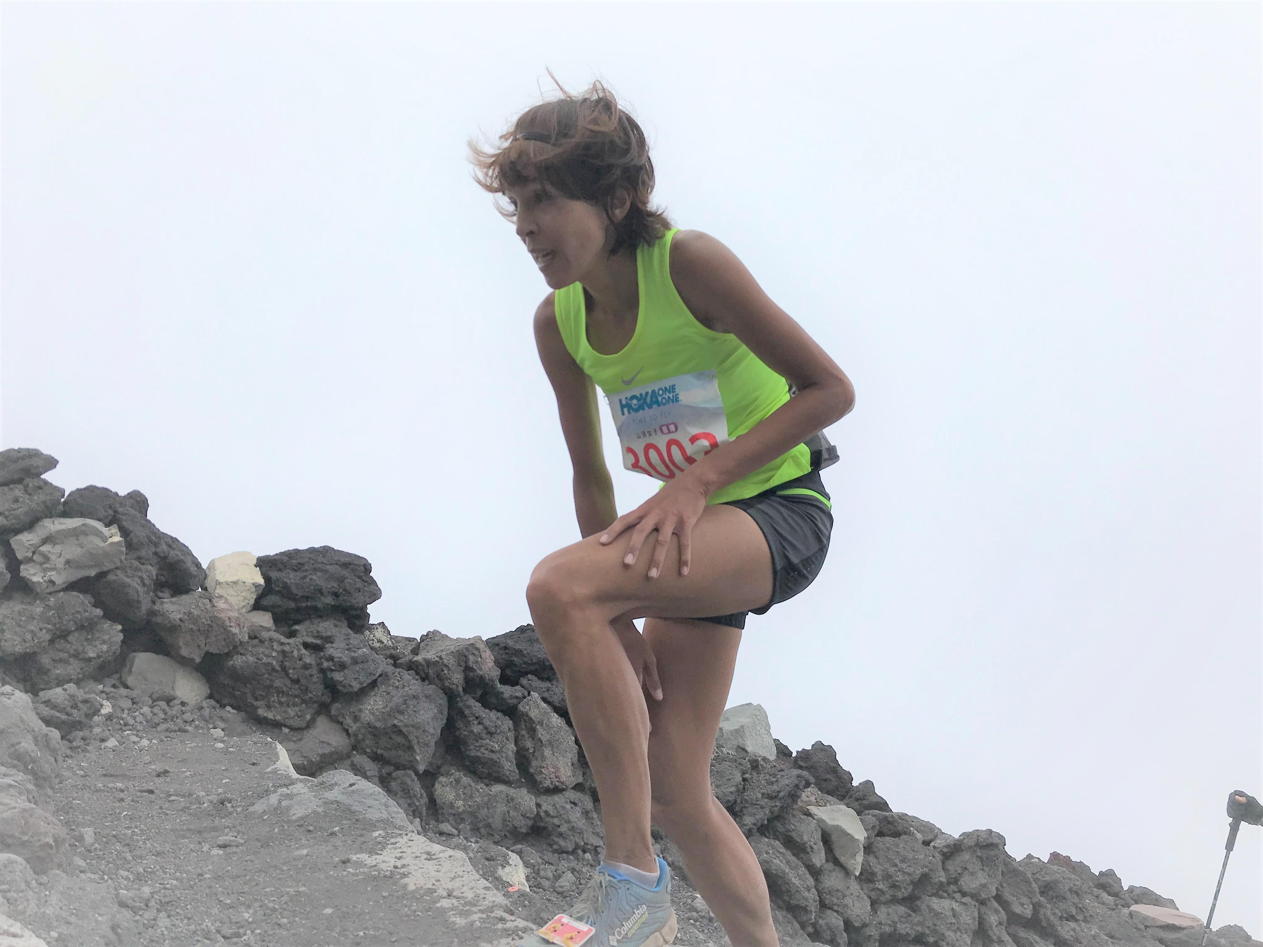 富士山で三勝している小川。今年は座りたい衝動にかられるほどきつかった、と。