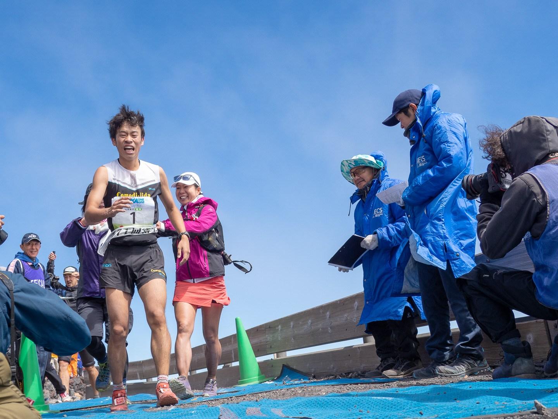 今年も一番早く駆け上ってきたのは五郎谷俊