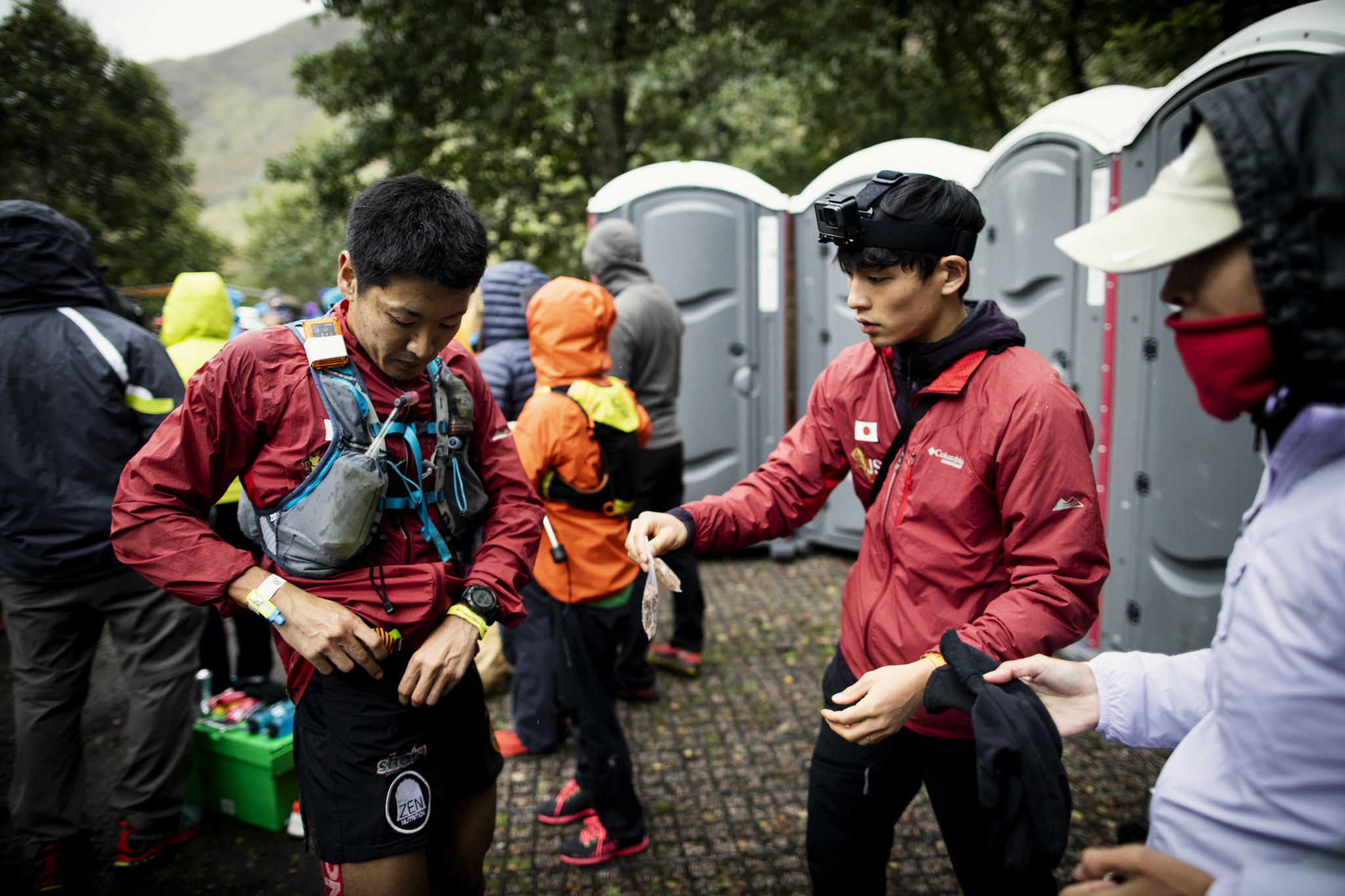 怪我が無ければ日本代表のエースとしてスカイレースに出場していた上田。3日間、日本チームのサポートとして裏方に徹した ©Sho Fujimaki