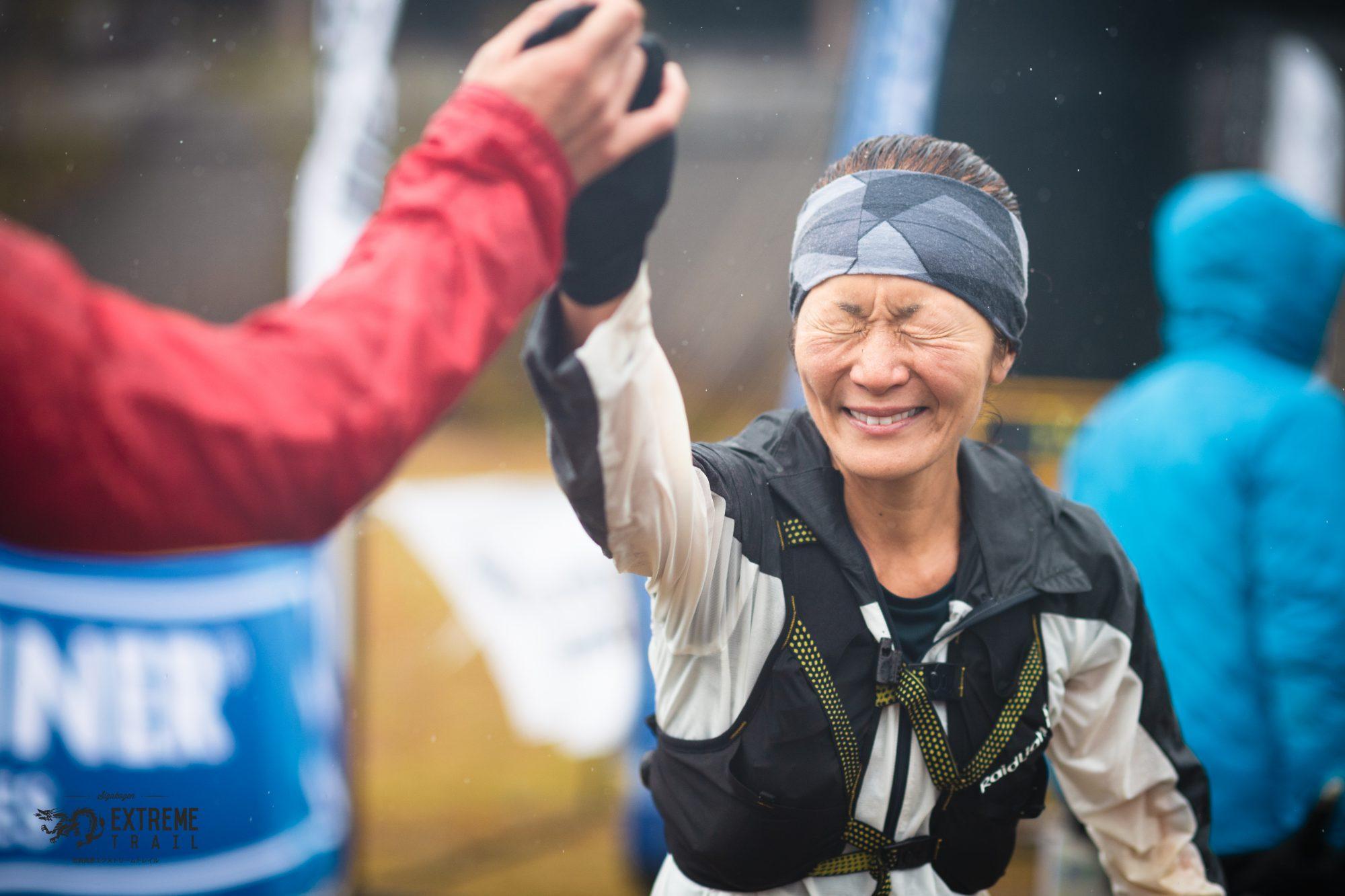 3位に入った田中のゴール。シリーズランキングは2位に入り、母親としての強さを見せた ©SHIGAKOGEN EXTREME TRAIL