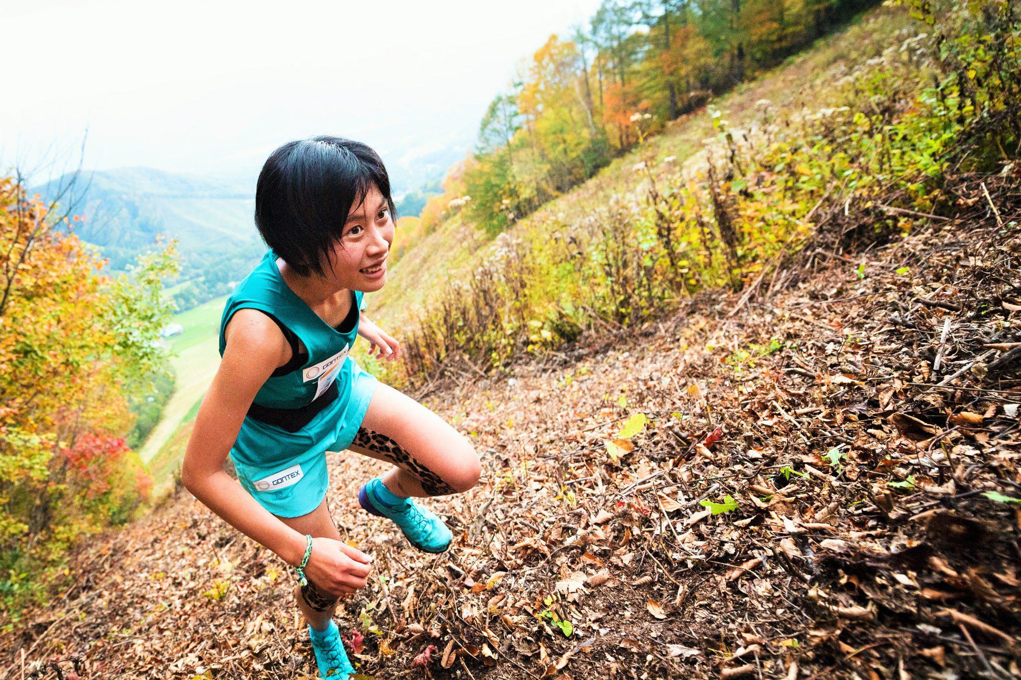 女子優勝の安ケ平。普段は陸上競技で活躍する ©OZE VK