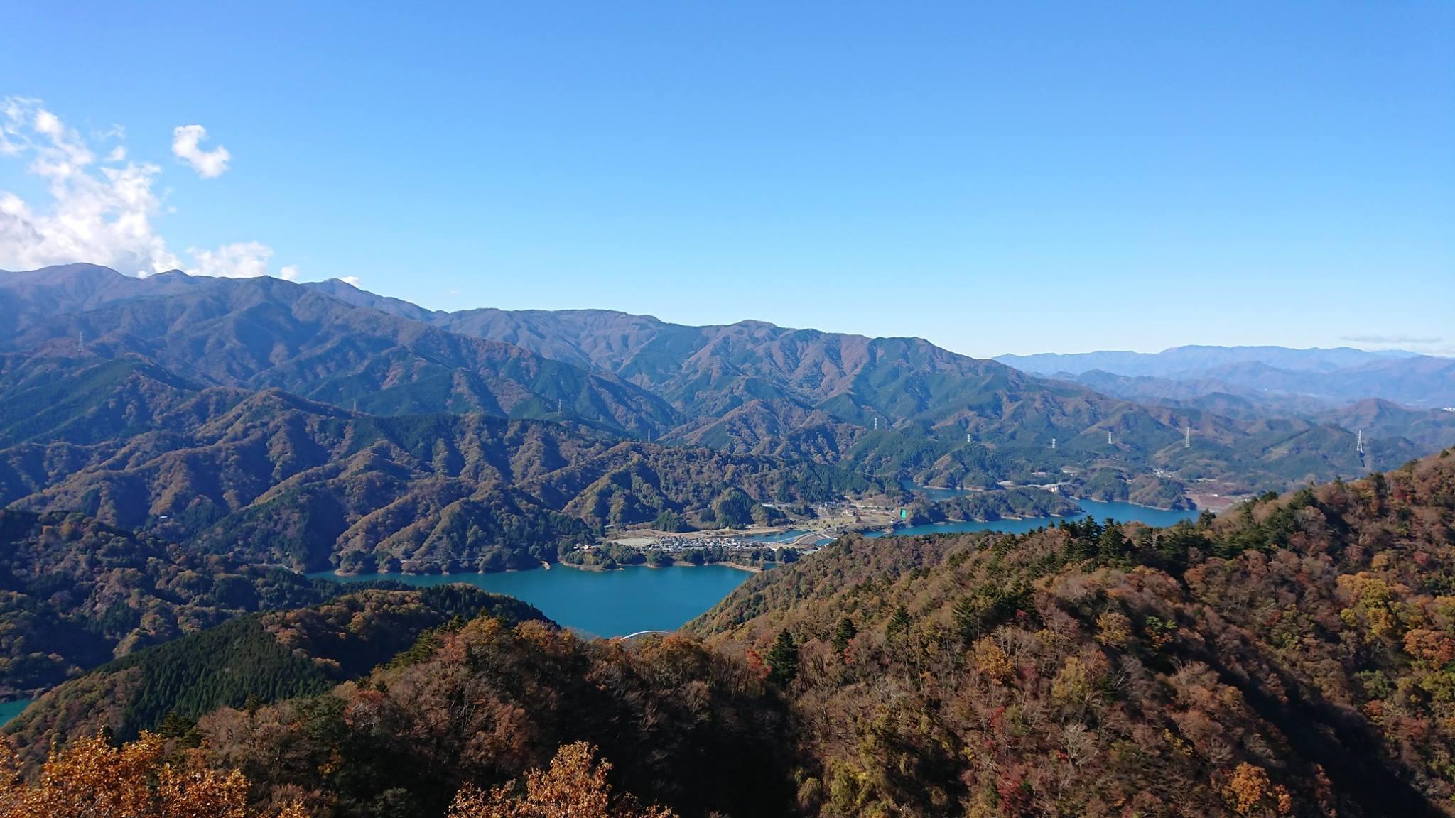 仏果山の山頂から望む眺望