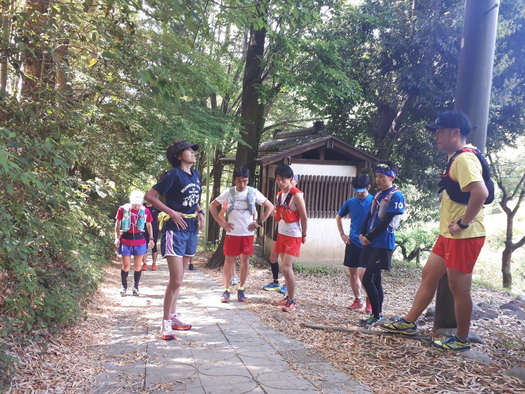 講師小川ミーナさんの登り講習