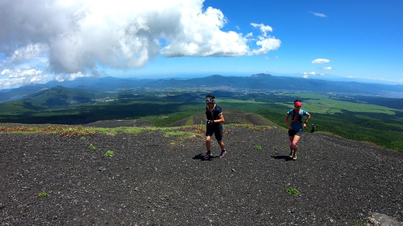 標高2000m付近の急登でも活動量を維持することが重要