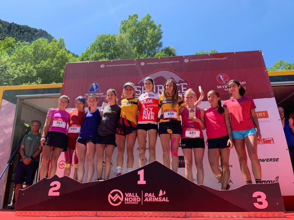 女子トップ10.優勝はライバルのシエラ・アビレス ©skyrace comapedorosa